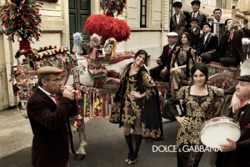 monica-bellucci_bianca-balti_bianca-brandolini_giampaolo-sgura_dolce_gabbana_campagne_fall_2012_8